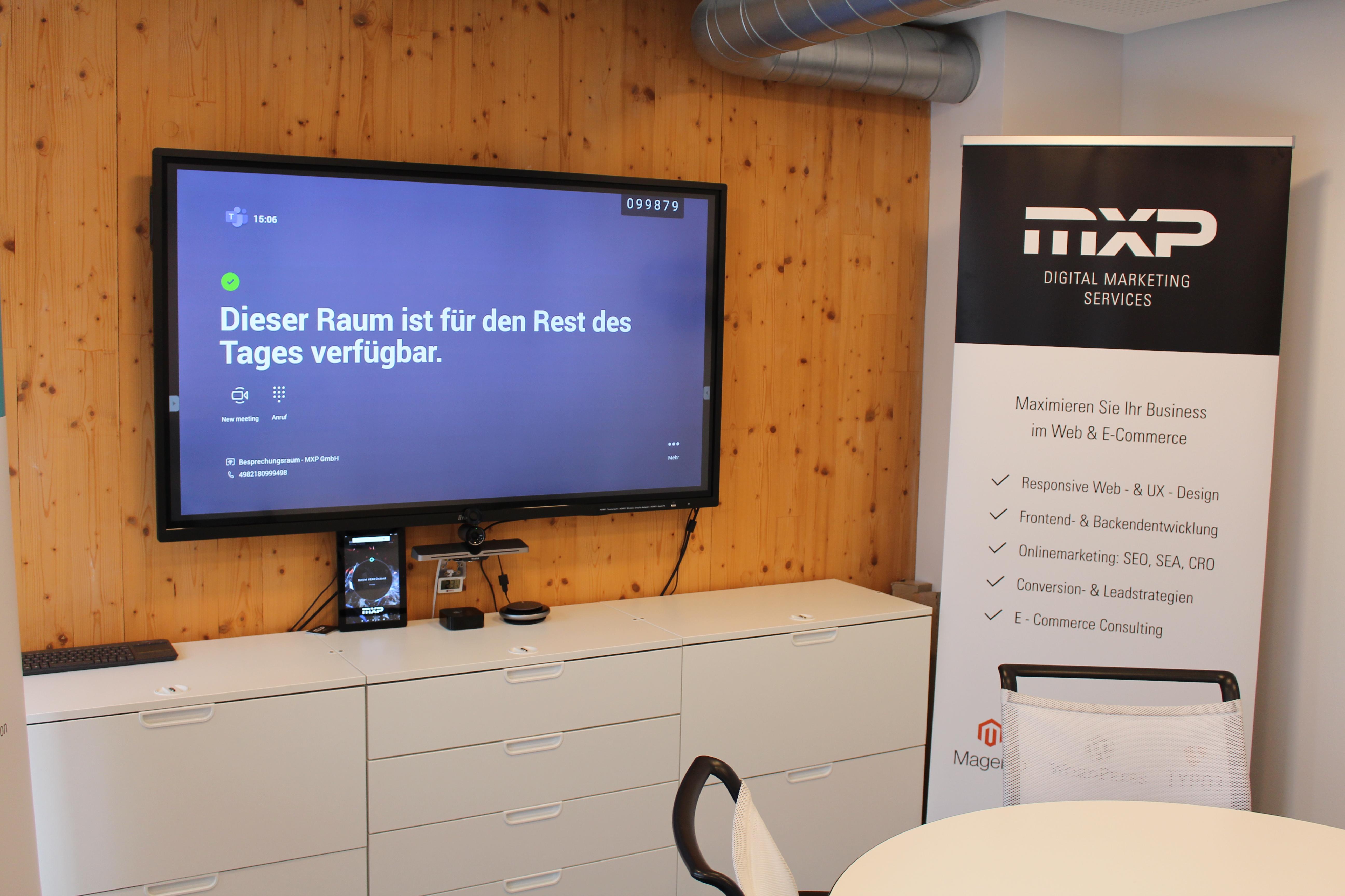 Kleiner Besprechungsraum MXP mit Yealink MVC500 II